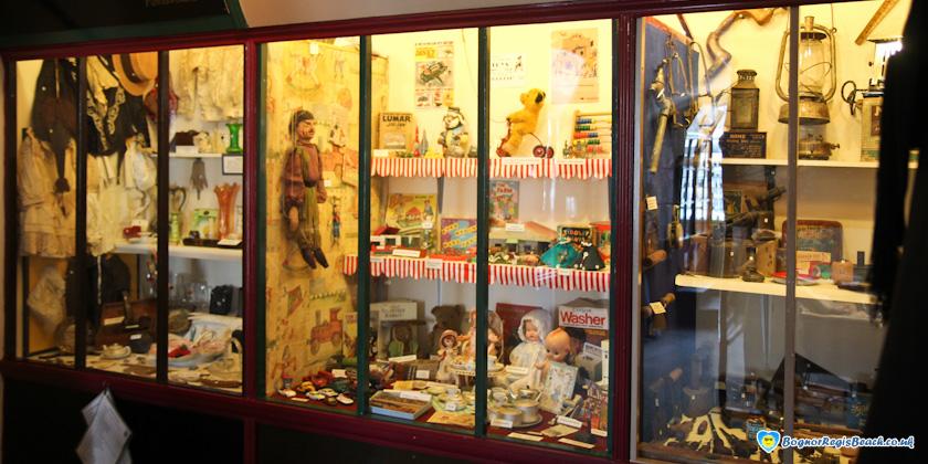 Bognor Regis Museum inside
