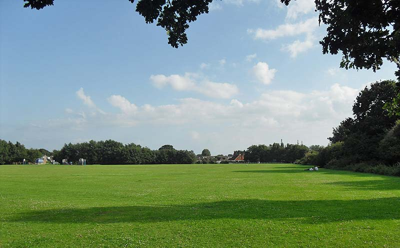 Avisford Park Rose Green looking south