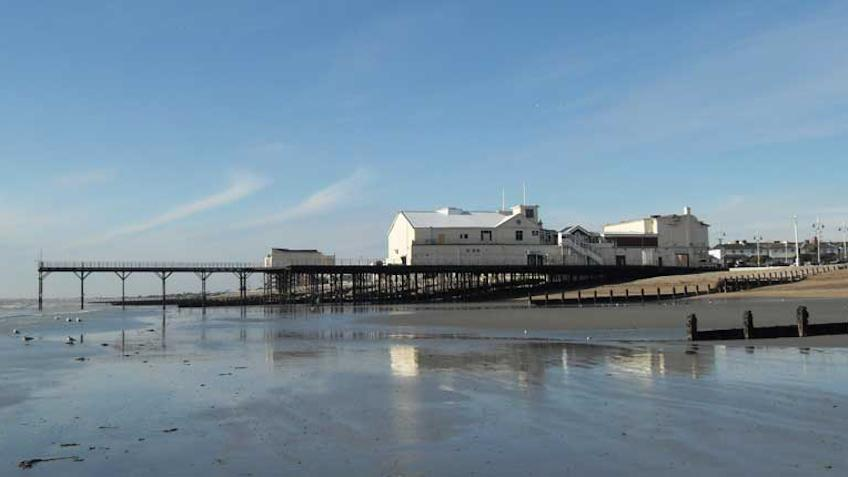 Bognor regis pier from the east